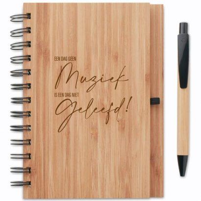 bamboe notitieboek graveren - ZosTof op maat bedrukking