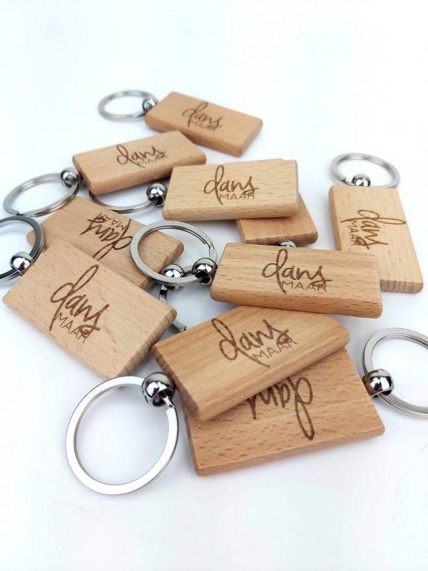 houten sleutelhanger graveren - ZosTof op maat bedrukking