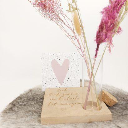 gedenkplankje kaarthouder met droogbloemen